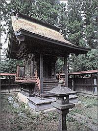 鹿島神社本殿(指定文化財)