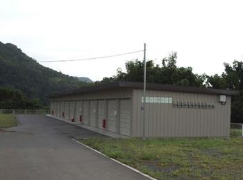 施設:ダッシュガレージ
